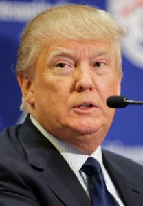 800px-Donald_Trump_March_2015