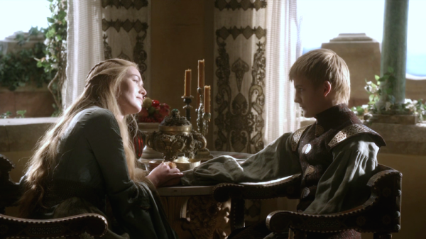 Cersei-and-Joffrey-Baratheon-cersei-lannister-29431496-800-450